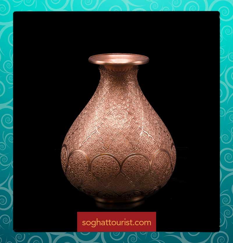 گلدان مسی حکاکی اثر استاد خوسفیان