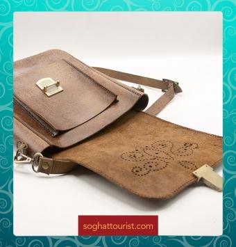 نمای باز کیف